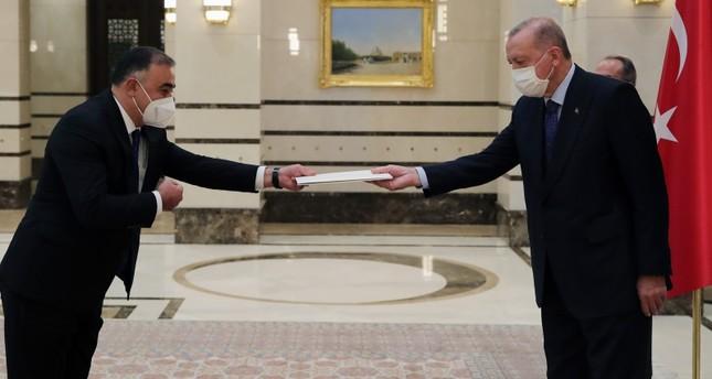 أردوغان يتسلم أوراق اعتماد سفير أذربيجان لدى أنقرة