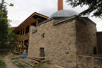 The Iskender Pasha Mosque dating back 466 years to the Ottoman era will be restored by the end of 2017 in Turkey's northeastern Artvin province.