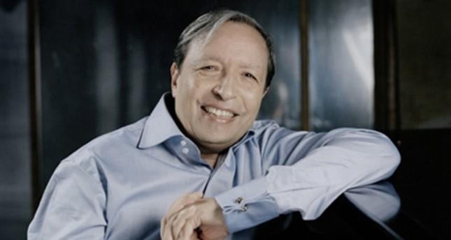 Murray Perahia to conduct prestigious academy orchestra