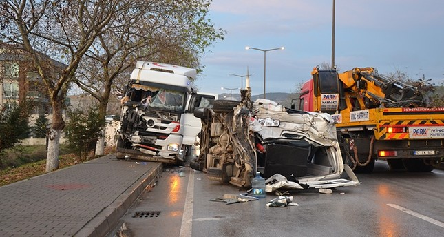 Photo shows accident between a semi-truck and a minibus carrying workers in Biga district of northwestern Çanakkale province on Monday, Dec. 10, 2018. (AA Photo)