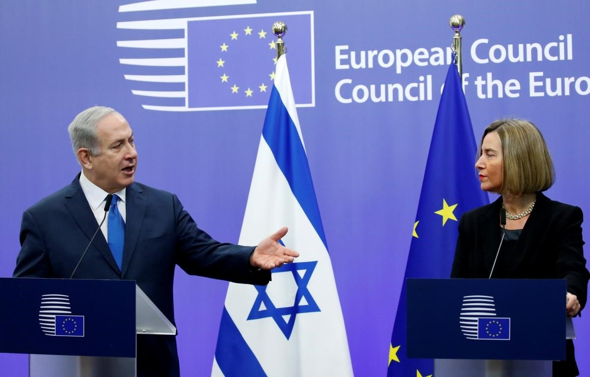 Israel's Prime Minister Benjamin Netanyahu and European Union foreign policy chief Federica Mogherini brief the media at the European Council in Brussels, Belgium December 11, 2017. (REUTERS Photo)