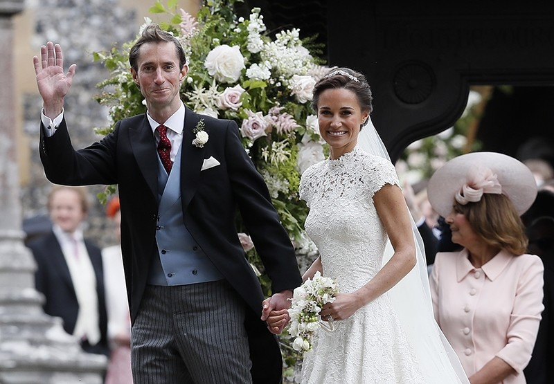 Pippa Middleton and James Matthews smile after their wedding at St Mark's Church in Englefield, Britain May 20, 2017. (REUTERS Photo)