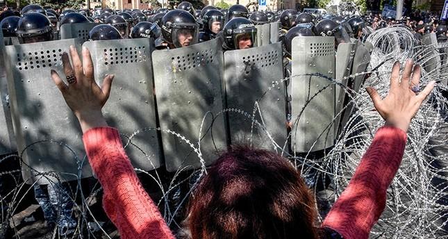 من مظاهرات اليوم (الفرنسية)
