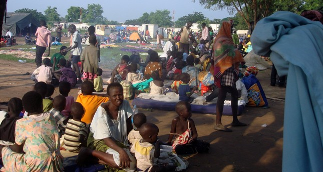 Displaced South Sudanese families sit in a camp for internally displaced people in the United Nations Mission in South Sudan (UNMISS) compound in Tomping, Juba, South Sudan, July 11, 2016. (REUTERS Photo)