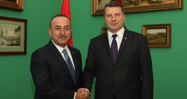 تشاوش أوغلو يلتقي رئيس لاتفيا خلال زيارة رسمية اليوم