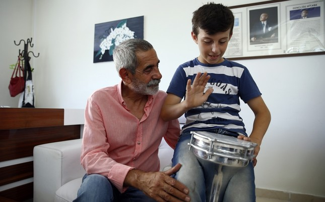 Therapeutic theater: Turkish actor opens stage to children with special needs