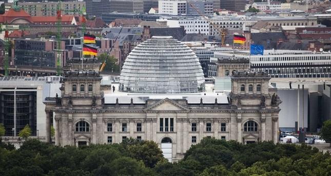 مبنى البرلمان الألماني (AP)