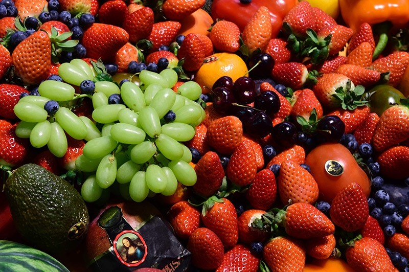 Fruits and vegetables are presented during the opening day of the ,Fruit Logistica, trade fair in Berlin on February 8, 2017. (AFP Photo)