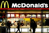 McDonalds to globally reduce use of antibiotics in chickens