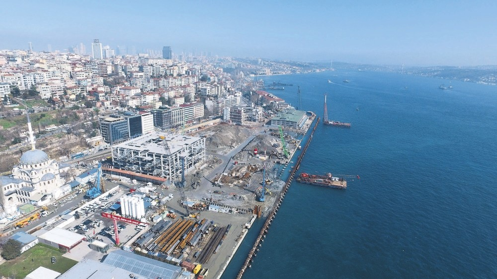 Almost 4.5 billion Turkish liras will be invested in the Galataport Project, located in the area that connects Karaku00f6y and Tophane, two Istanbul districts of historical value. (DHA Photo)