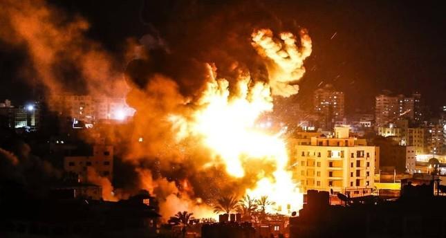 الجيش الإسرائيلي يشن غارات على قطاع غزة