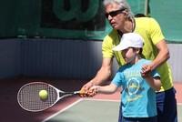 Tennis courses teach Syrian children social adaptation