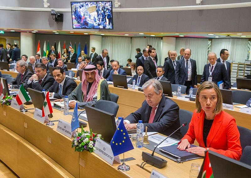 Antonio Guterres, the UN Secretary-General (2-R) and Frederica Mogherini, High Representative of the EU for Foreign Affairs and Security Policy (R) during the Syria conference in Brussels, Belgium, 05 April 2017. (EPA Photo)