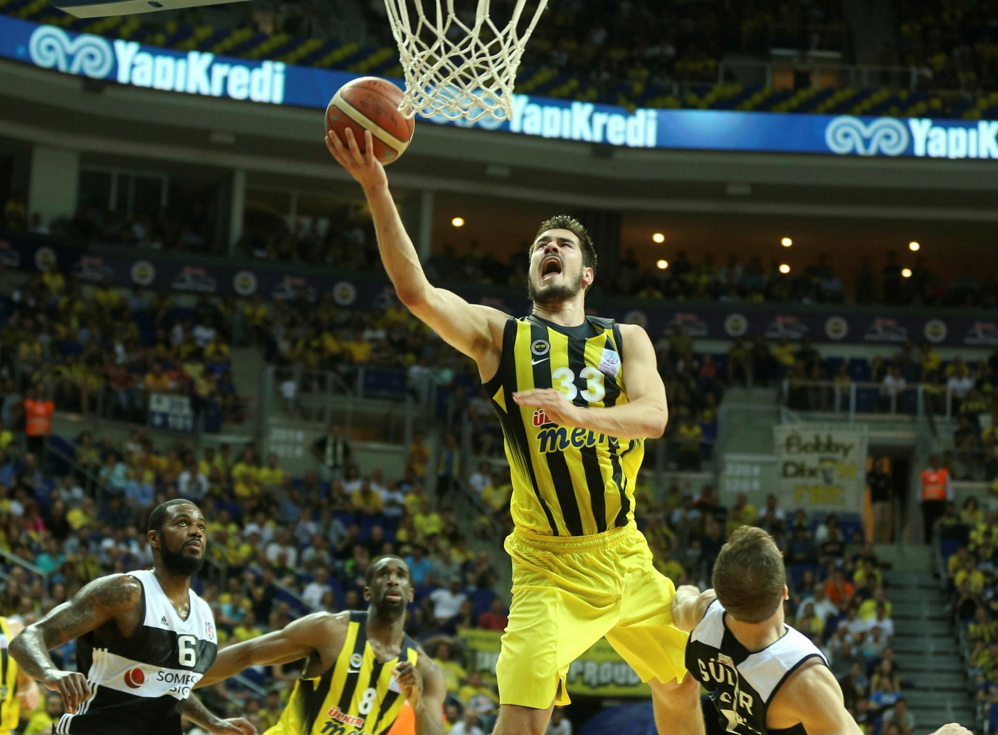 Nikola Kalinic (AA Photo)