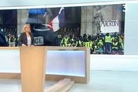 French TV channel censors anti-Macron placard