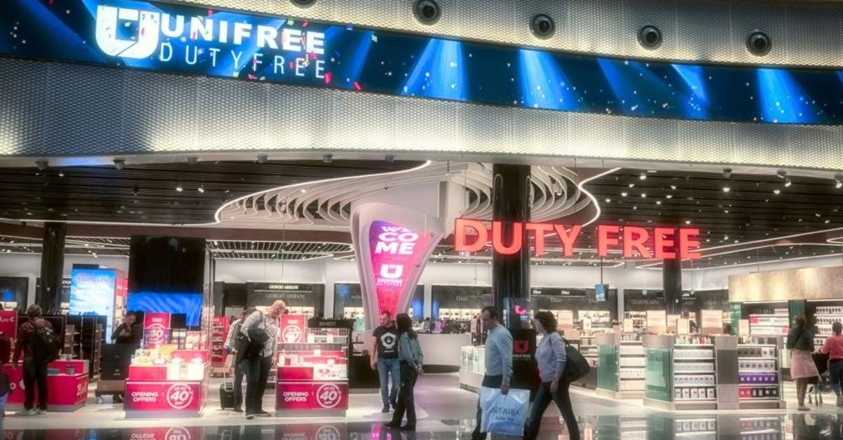 People are seen in the duty-free area at Istanbul Airport, Istanbul, April 14, 2019. (iStock Photo)