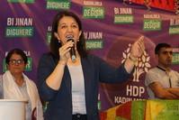 الرئيسة المشاركة لحزب الشعوب الديمقراطي برفين بولدان