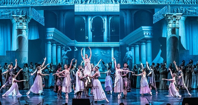 """The """"Troy"""" opera features nearly 300 Turkish State Opera and Ballet artists including Turkish tenor Murat Karahan."""