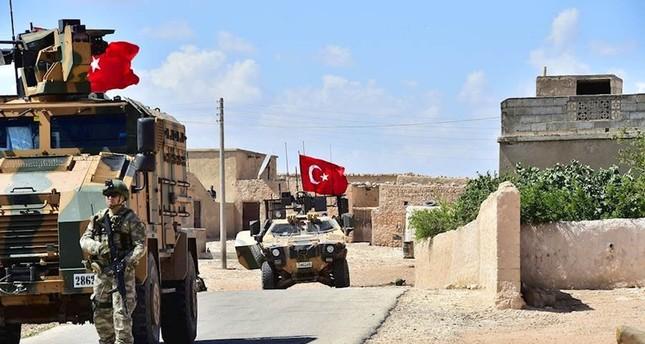 القوات التركية تسيّر الدورية الثانية عشر في منبج السورية