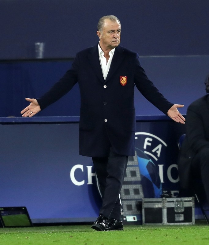Galatasaray's head coach Fatih Terim reacts during the UEFA Champions League group stage soccer match between FC Schalke 04 and Galatasaray Istanbul in Gelsenkirchen, November 6, 2018. (EPA Photo)
