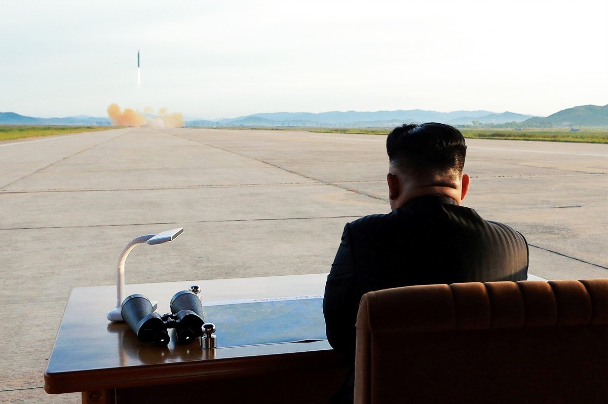 File photo shows North Korean leader Kim Jong Un watching a nuclear missile test.