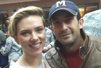 Turkish man enters in İncirlik Base, takes photo with Scarlett Johansson