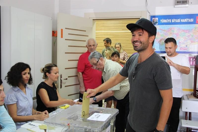 Жители Стамбула повторно выбирают мэра крупнейшего турецкого мегаполиса