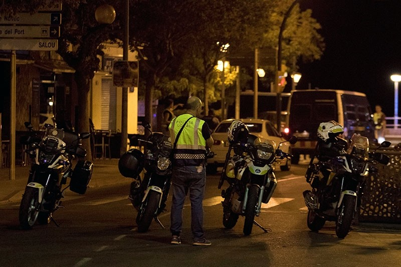 A police officer stands near the scene where police had killed five attackers in Cambrils, south of Barcelona, Spain, August 18, 2017. (Reuters Photo)