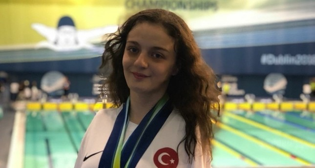 Turkish paralympic swimmer wins silver at world championships