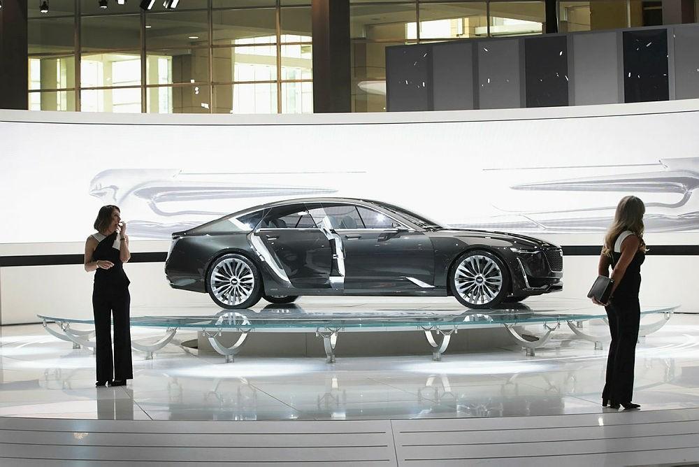Cadillac shows off their Escala concept car at the Chicago Auto Show.