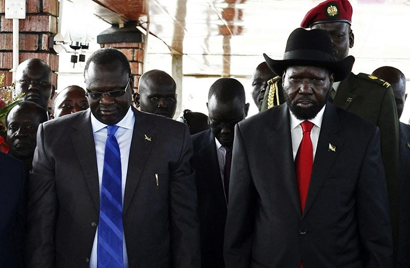 South Sudan's then-Vice President Riek Machar (L) and President Salva Kiir in Juba in this July 9, 2013 file photo. (Reuters Photo)