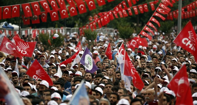 HDP and CHP flags wave side by side during a rally of CHP's presidential candidate Muharrem İnce in the southeastern province of Diyarbakır, June 13, 2018.