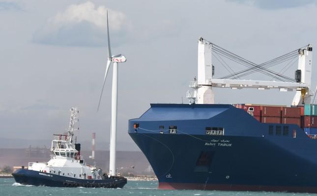 A picture taken on May 28, 2019, shows Saudi cargo ship Bahri Tabuk arriving at le Grand Port Autonome de Marseille GPAM in Port-Saint-Louis-du-Rhone. (AFP Photo)