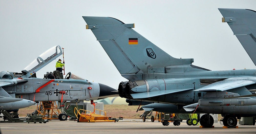 In this Jan. 21, 2016 file photo a technician working on a German Tornado jet at an air base in Incirlik, Turkey. (AFP Photo)