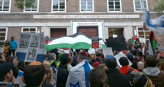 A BDS demonstration outside the School of Oriental and African Studies in London, April 2017. (File Photo)