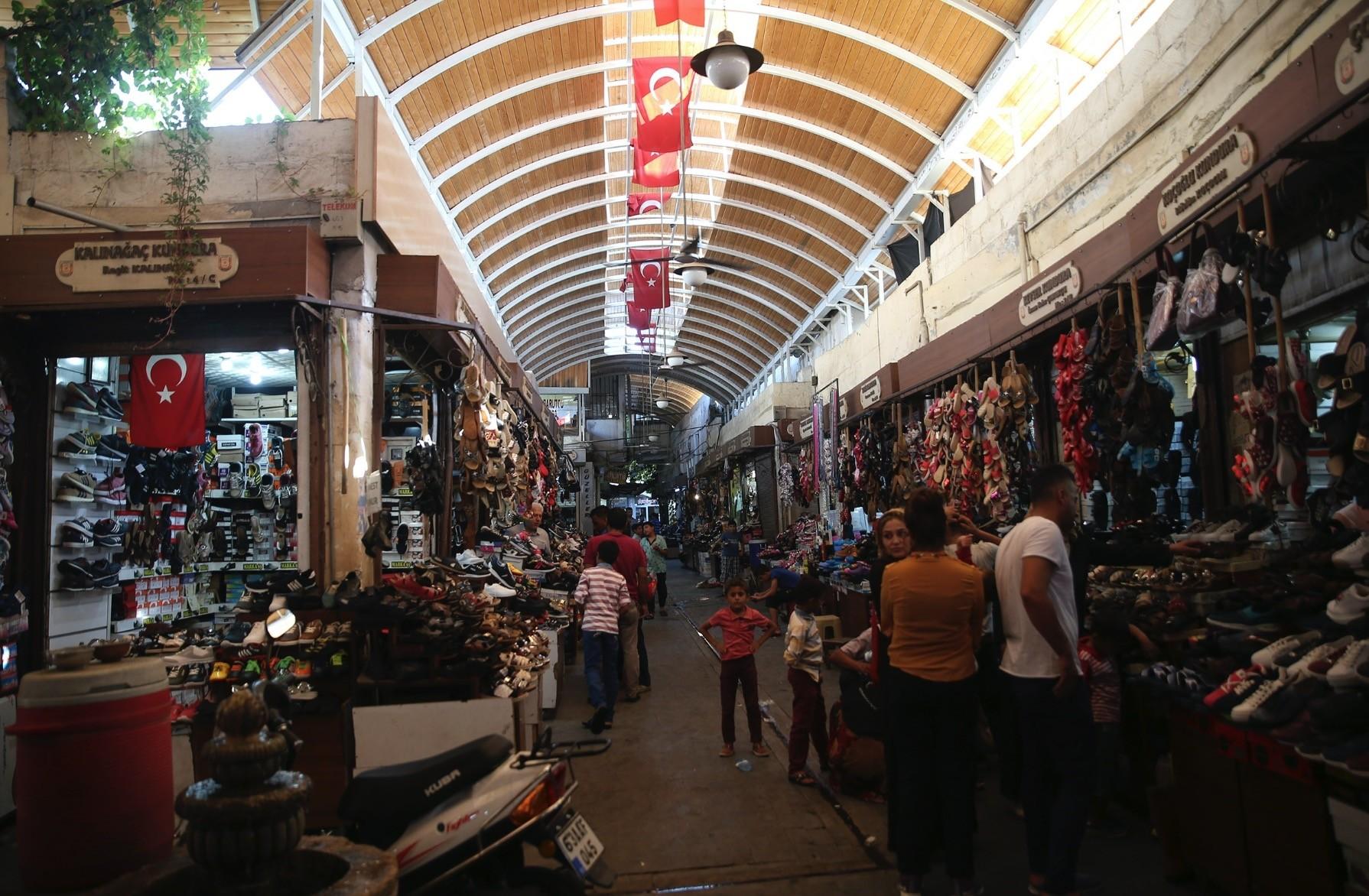 u015eanlu0131urfau2019s Historic Grand Bazaar offers a wide variety of shopping choices.