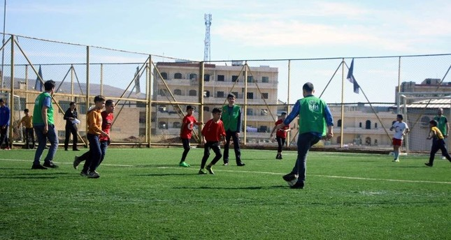 Turkish human rights group organizes football event for orphans in Afrin