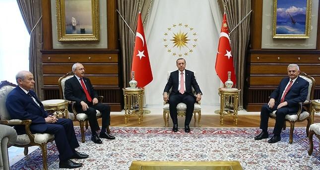 أردوغان يدعو قادة المعارضة للمشاركة بالتجمع المليوني الديمقراطية والشهداء