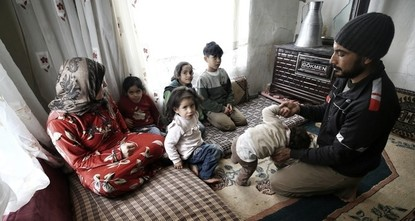 التنقل يجعل الوصول إلى الخدمات الاجتماعية صعبًا للاجئين السوريين