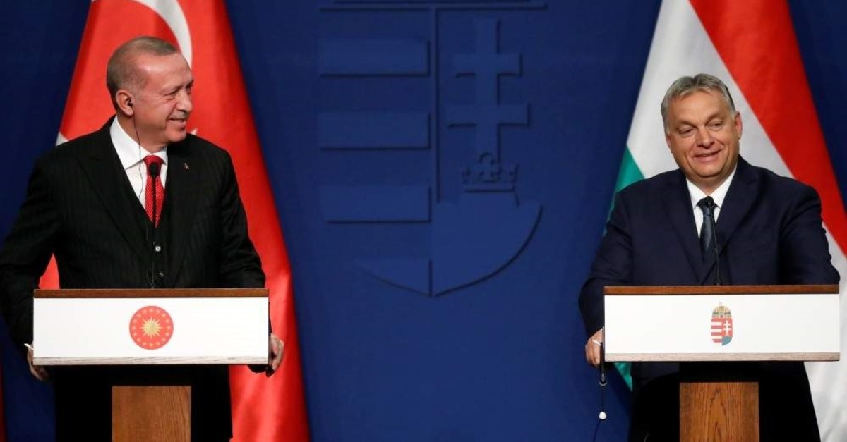 President Recep Tayyip Erdo?an (L) and Hungarian Prime Minister Viktor Orban hold a news conference in Budapest, Nov. 7, 2019. (Reuters Photo)