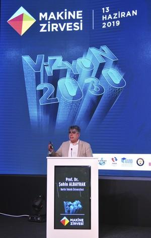 Professor Şahin Albayrak talked about a digital autonomous road project at the Machinery Summit – Vision 2030.