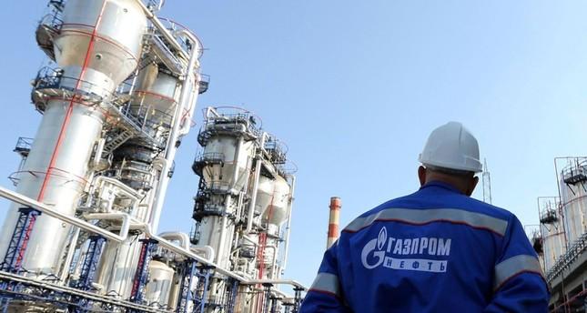 روسيا تتهم العرب بتحمل مسؤولية تراجع أسعار النفط عالمياً