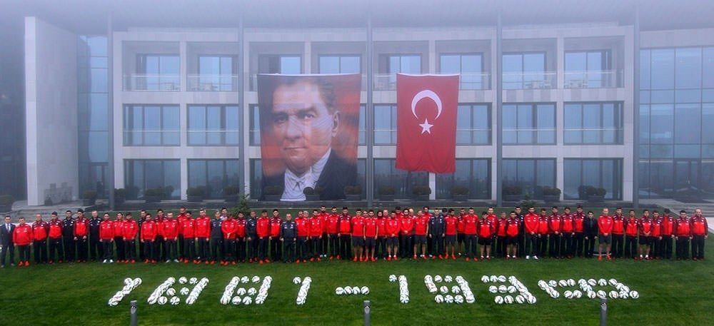Turkey commemorates Mustafa Kemal Atatürk