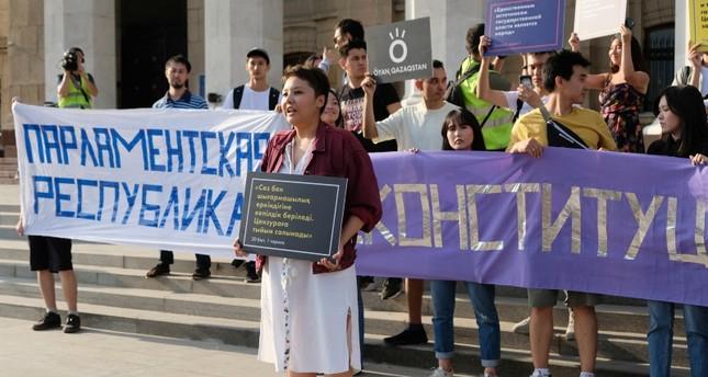 مظاهرة في كازاخستان الجمعة الماضية (AP)