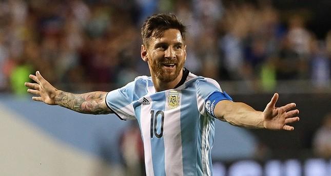 هاتريك ميسّي يقود التانغو الأرجنتيني لربع نهائي كوبا أمريكا