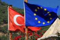 Brussels fears collapse of Turkey-EU deal, but won't move a finger to keep it alive
