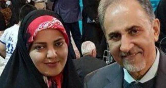 مساعد سابق للرئيس الإيراني يقتل زوجته