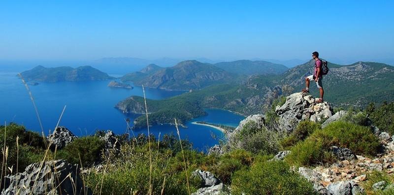 6 A Hiker's Paradise