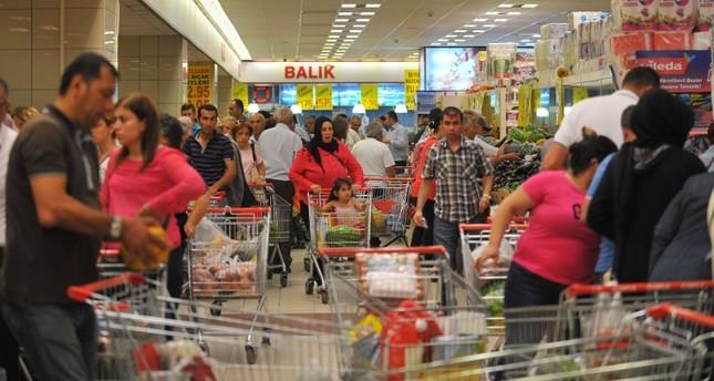 ارتفاع ثقة المستهلكين في تركيا باقتصادهم في تموز الجاري