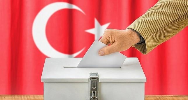الأتراك في الخارج يواصلون الإدلاء بأصواتهم في الانتخابات البرلمانية والرئاسية
